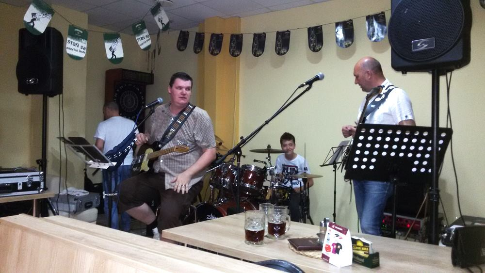 Koncoročný koncert s GERIATRIX BAND